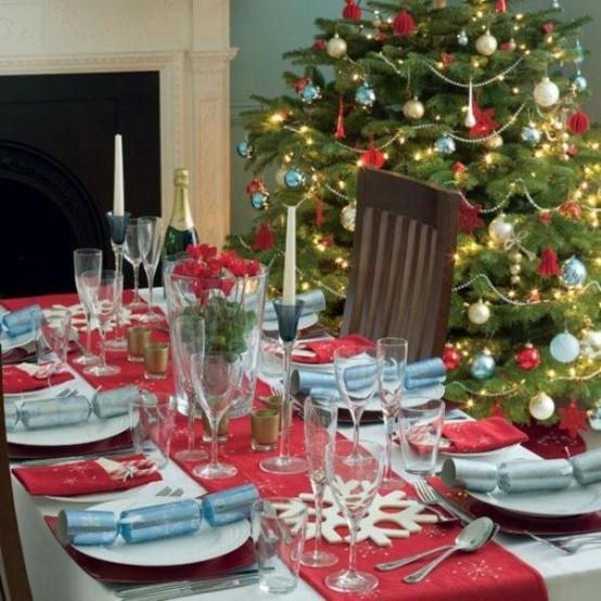 Idee per decorare la tavola di natale natale dintorni - Addobbi per tavola di natale ...